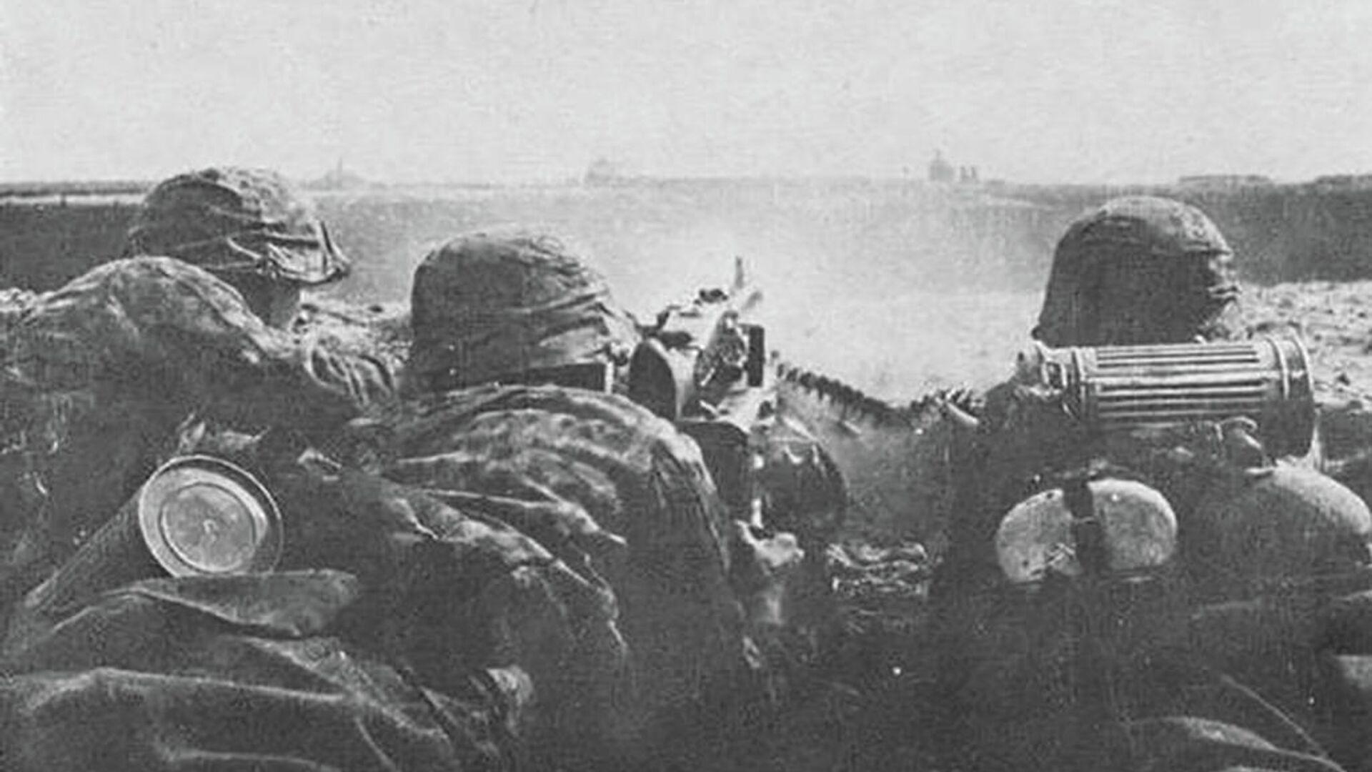 Бойцы дивизии СС Галичина во время битвы за Броды. 1944 год - РИА Новости, 1920, 21.11.2020