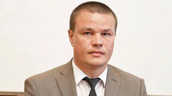 Дмитрий Робу во время встречи с Игорем Додоном