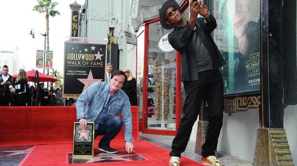 Квентин Тарантино и Сэмюэл Л. Джексон на Голливудской аллее славы. 21 декабря 2015 года