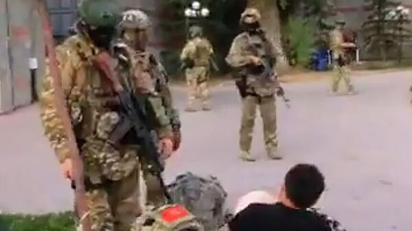 Спецназ в селе Кой Таш в Киргизии