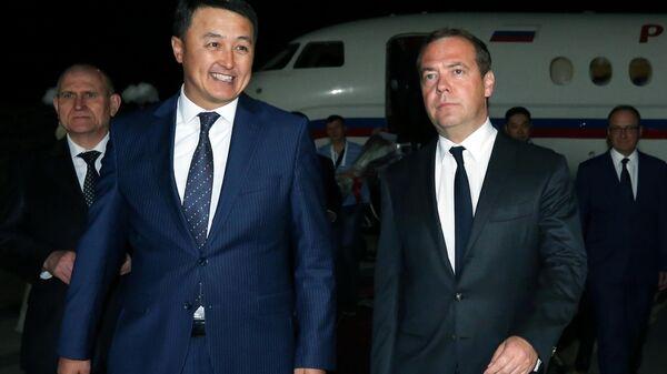 Председатель правительства РФ Дмитрий Медведев, прибывший в Киргизию для участия в заседании Евразийского межправительственного совета. 8 августа 2019