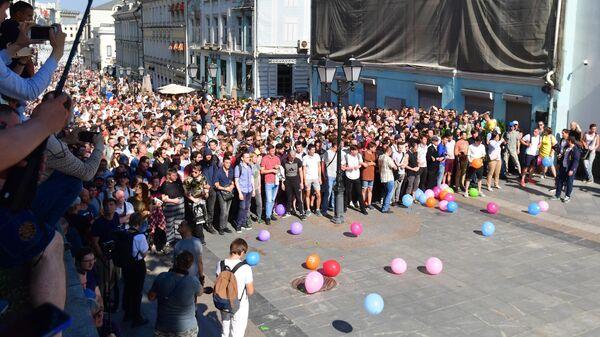 Участники несанкционированной акции в поддержку кандидатов в депутаты Мосгордумы в Москве. 27 июля 2019