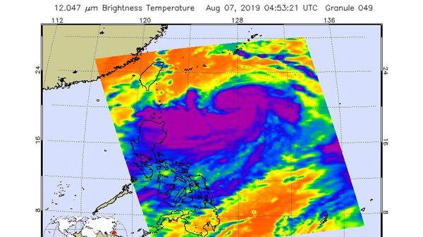 Инфракрасная фотография урагана Лекима, полученная зондом Aqua