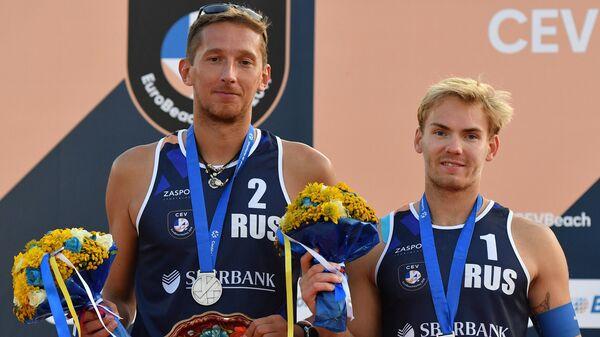 Слева направо: Константин Семёнов и Илья Лешуков (Россия)