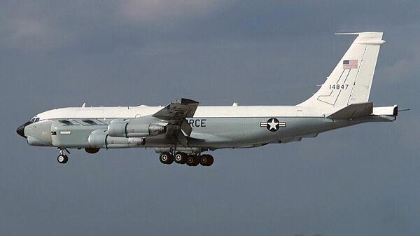 Самолет радиоэлектронной разведки RC-135U Combat Sent ВВС США
