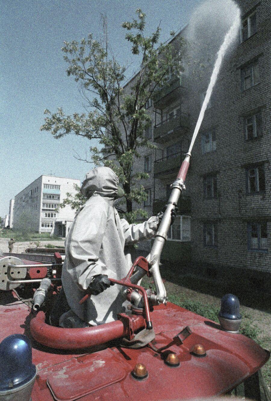 Дезактивация жилых зданий в Чернобыле после аварии