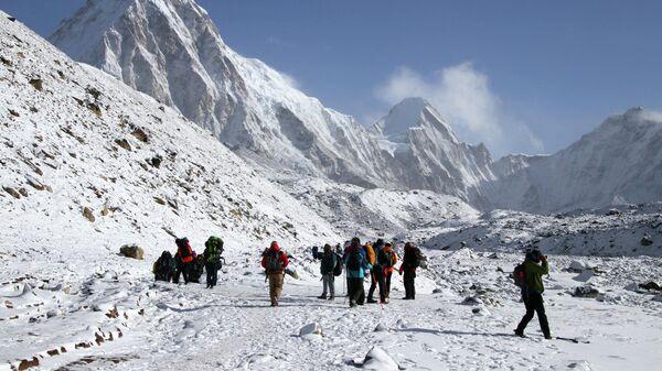 Альпинисты в район горы Эверест