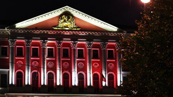 Подсветка фасада здания Мэрии Москвы