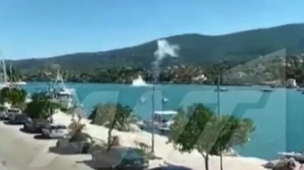 Стоп-кадр видео крушения вертолета с россиянами в Греции