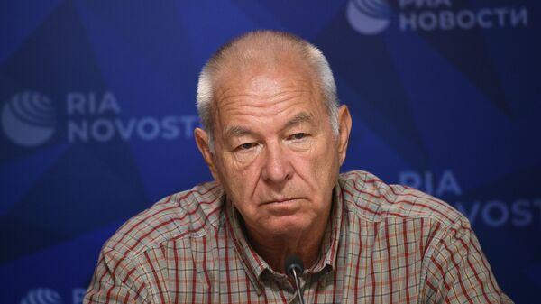 Капитан танкера Теметерон Владимир Текучев во время пресс-конференции в МИА Россия сегодня