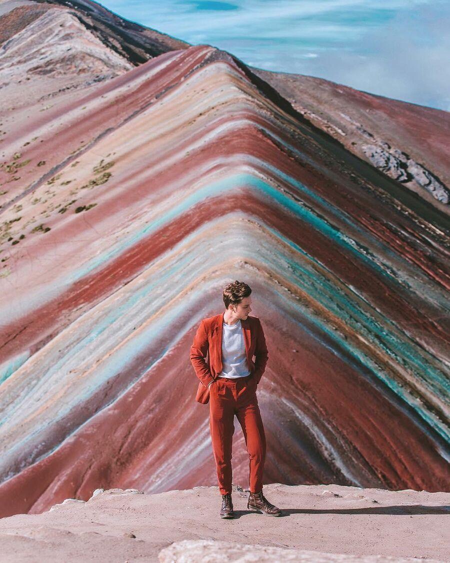 Радужные горы, высота 5200 метров, Перу