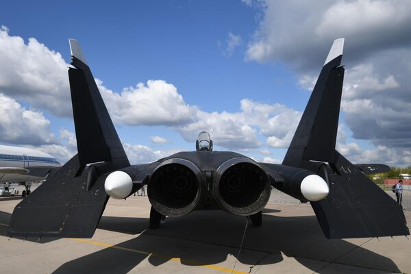 Экспериментальный российский перспективный палубный истребитель СУ-47, созданный в ОКБ имени Сухого на Международном авиационно-космическом салоне МАКС-2019 в подмосковном Жуковском