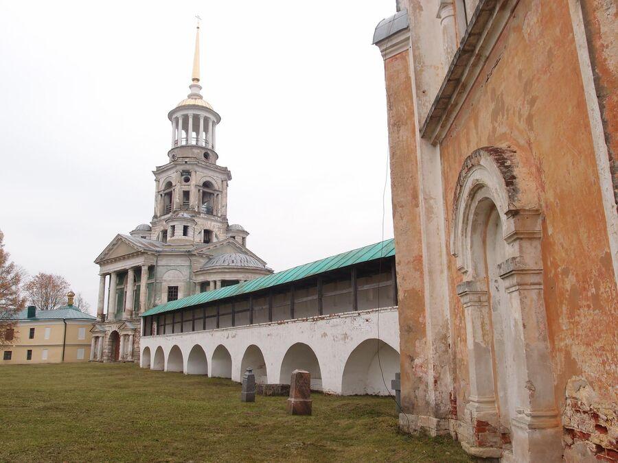 Надвратная церковь Спаса Нерукотворного Образа