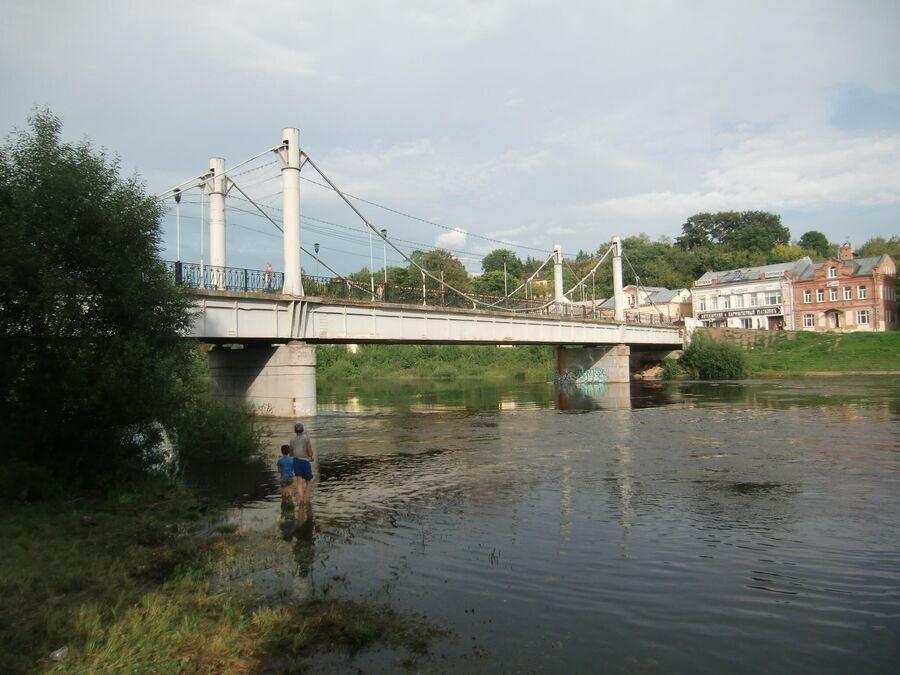 Пешеходный мост через Тверцу