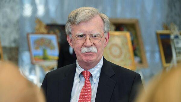 Советник президента США по национальной безопасности Джон Болтон после встречи с президентом Белоруссии Александром Лукашенко в Минске