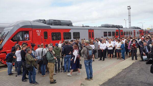 Торжественная церемония открытия железной дороги общероссийского стандарта в Южно-Сахалинске