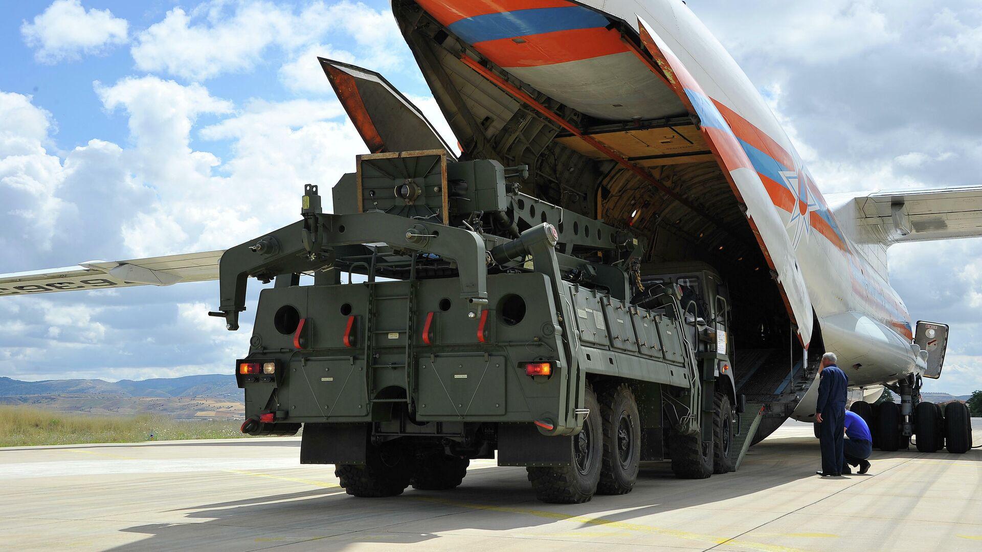 Поставка зенитной ракетной системы С-400 в Турцию - РИА Новости, 1920, 11.01.2021