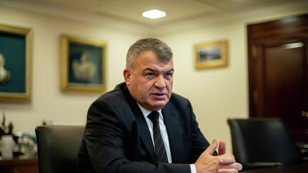 Директор авиационного кластера Ростеха Анатолий Сердюков