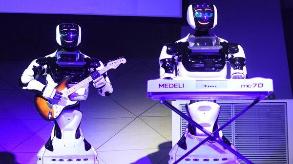 Презентация роботов на форуме Skolkovo Robotics