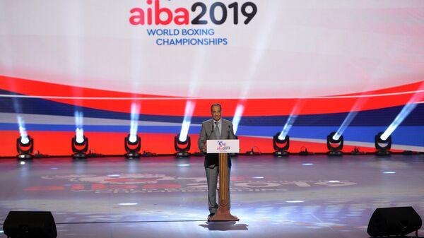 Временно исполняющим обязанности президента AIBA Мохамед Мустасан