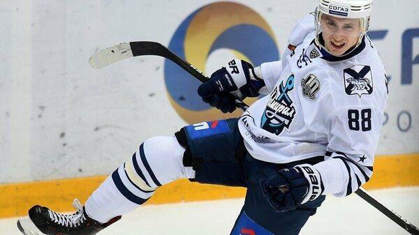 Игрок ХК Торпедо Дамир Жафяров