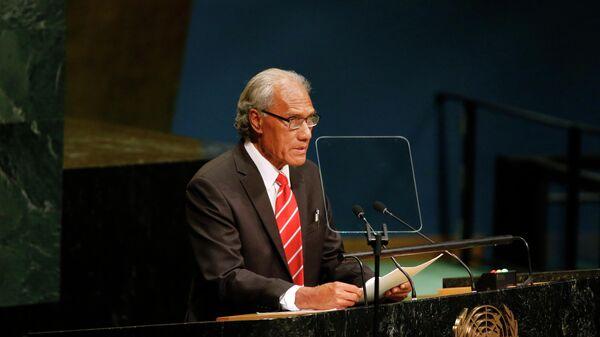 Премьер-министр королевства Тонга Акилиси Похива