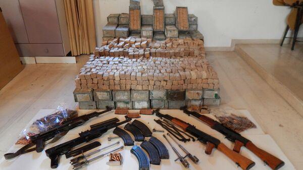 Полиция разоблачила группу, занимавшуюся торговлей оружием, на острове Крит в Греции