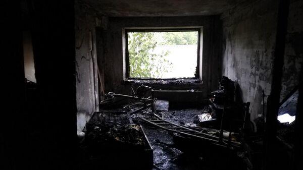 Сгоревшая квартира в доме на улице Гусарова в Красноярске