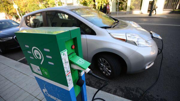 Зарядка электромобилей в Москве