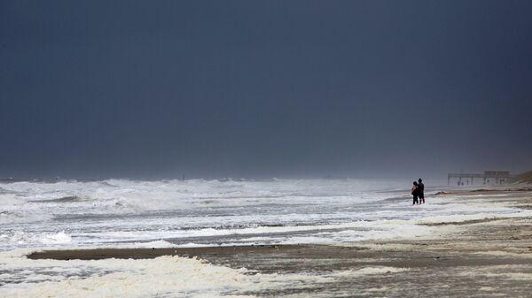 Побережье Атлантического океана в США во время шторма