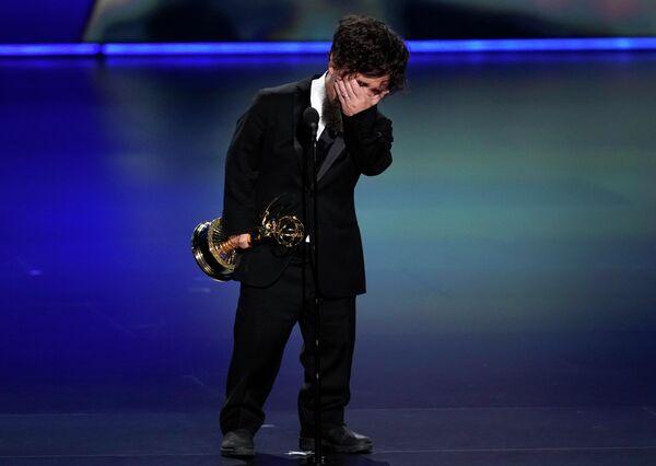 Питер Динклэйдж на церемонии вручения премии Эмми в Лос-Анджелесе