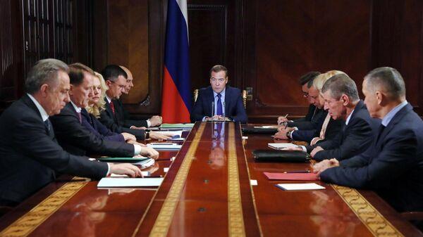 Председатель правительства РФ Дмитрий Медведев проводит совещание с вице-премьерами РФ.  23 сентября 2019