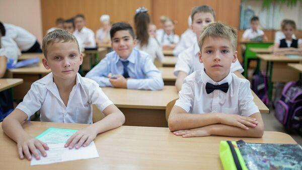 Ученики одной из школ на занятиях