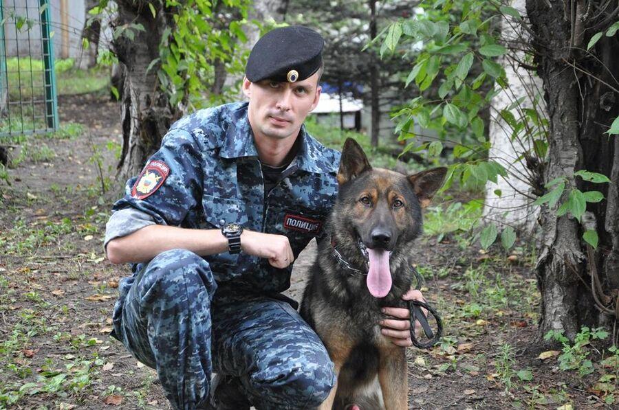 Служебная собака вывела полицейских на след подозреваемого в избиении до смерти кондуктора трамвая во Владивостоке