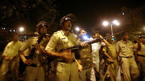 Полицейские отряды на улицах Мумбаи