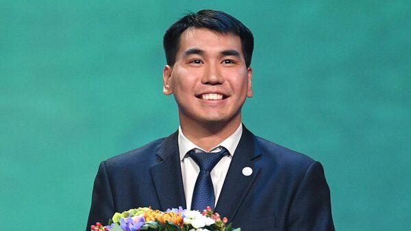 Педагог-психолог Республиканского центра образования г. Улан-Удэ Михаил Алагуев