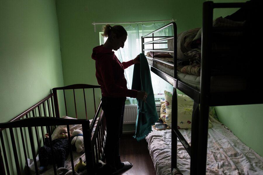 Ирина в своей комнате