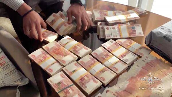 Операции по пресечению вывода денег из России за рубеж