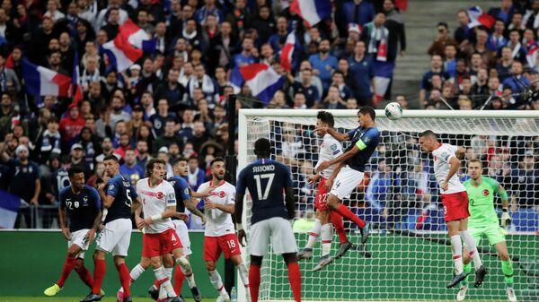 Игровой момент матча Франция- Турция