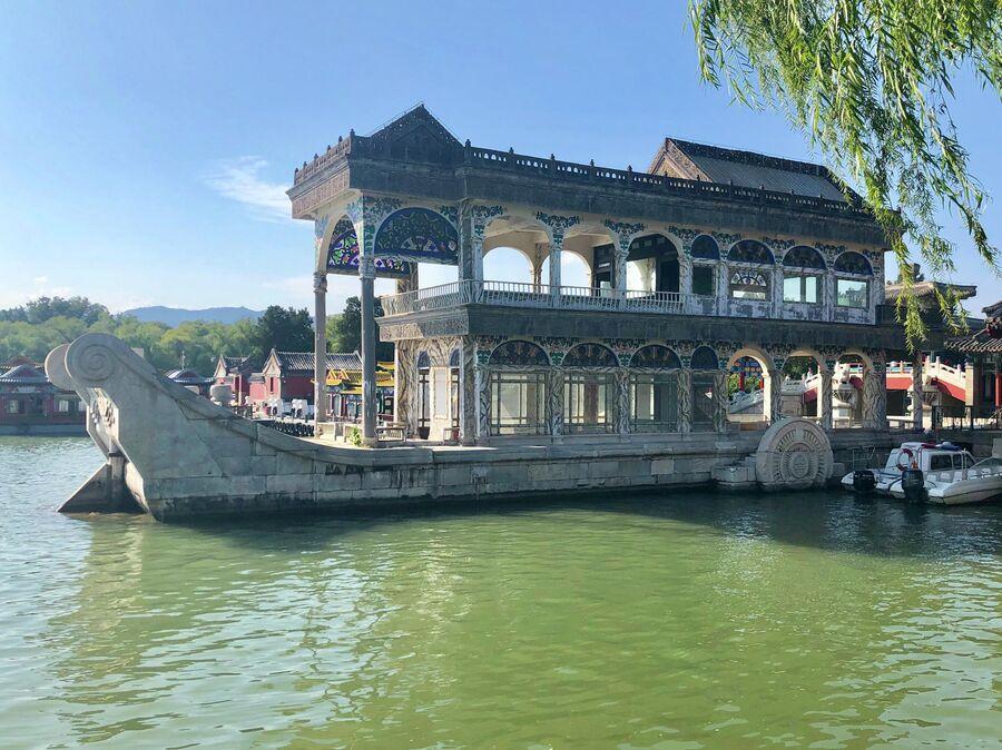 Мраморная  ладья, Императорский дворец, Пекин, Китай
