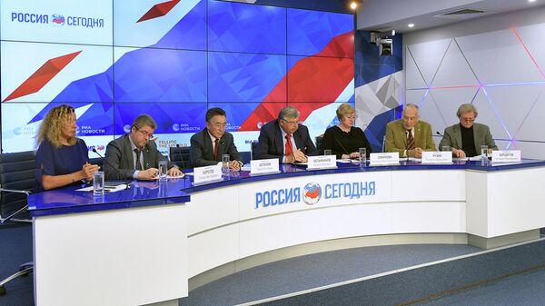 Участники пресс-конференции Победили вместе. К 75-летию Великой Победы
