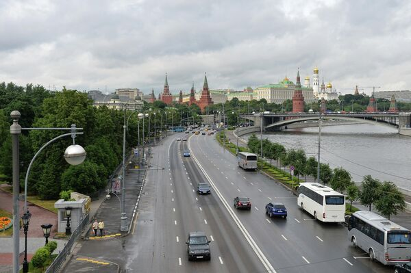 Пречистенская набережная в Москве