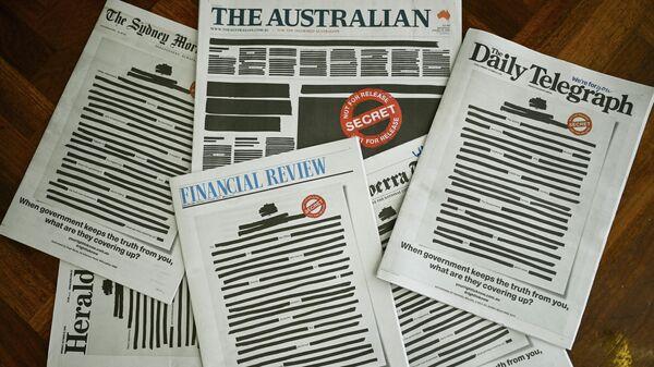 Первые полосы главных австралийских газет,  отредактированные в ходе акции Ваше право знать