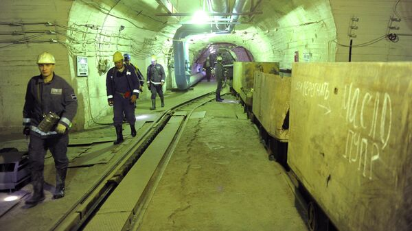 Шахтеры на руднике Таймырский