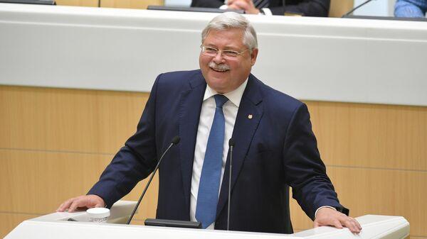 Губернатор Томской области Сергей Жвачкин выступает на заседании Совета Федерации РФ