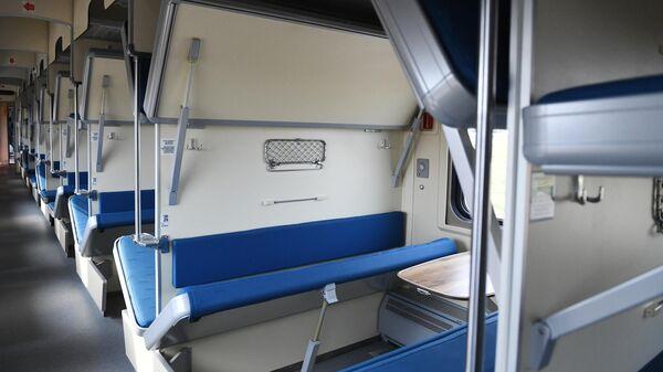 Новый плацкартный вагон модели 61-4516