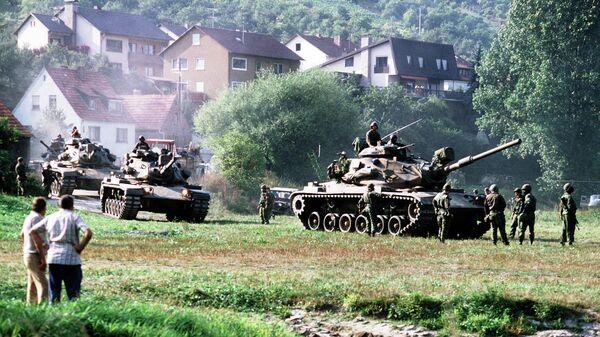 Американские танки во время учений REFORGER '82 в Западной Германии