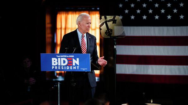 Кандидат в президенты США Джо Байден во время предвыборной кампании