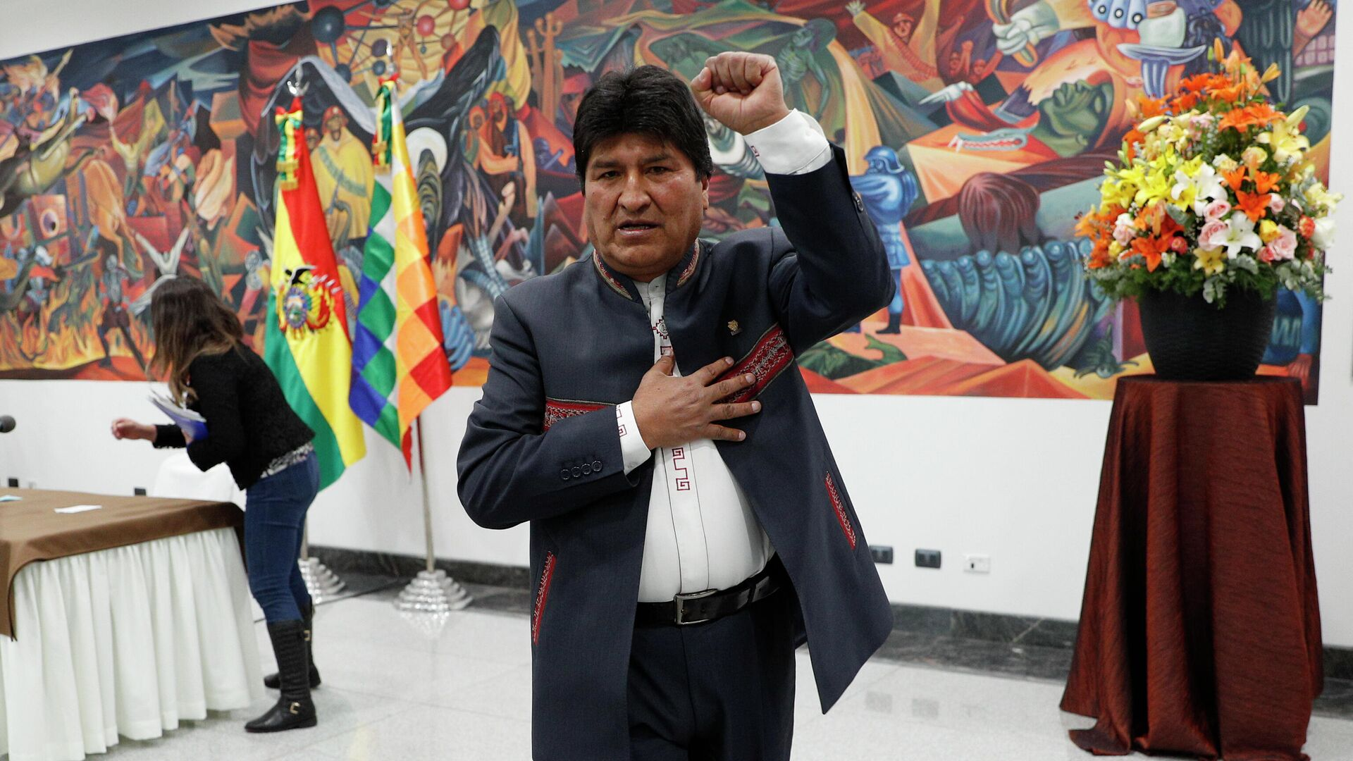 Президент Боливии Эво Моралес после пресс-конференции в Ла-Пас, Боливия. 24 октября 2019 - РИА Новости, 1920, 13.01.2020