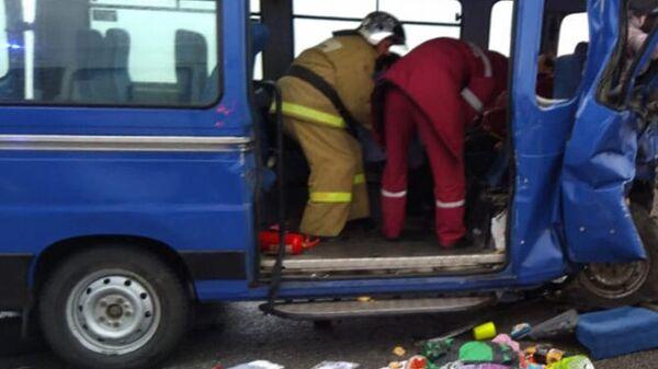 ДТП с участием двух микроавтобусов в Алтайском крае